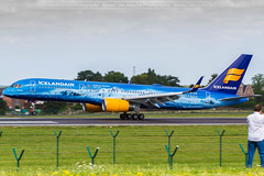 Icelandair B757 (TF-FIR) at Brussels (Simon Van Assche Photography) Tags: ice icelandair b757 boeing blue muntain yellow islande island aviation airport avion avgeek avporn aircraft airlines air atterrissage exterieur exposition ebbr europe europa spotters spotter spotting spott skies spot sun plane picture piste photo pic wings wing transport travell