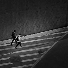 fellows (heinzkren) Tags: street streetphotography blackandwhite schwarzweis urban candid lumix wall mauer monochrome panasonic ausweg perspective lines linien nowaiting yellowline halteverbot brickwall ziegelmauer brick ziegel men männer austria