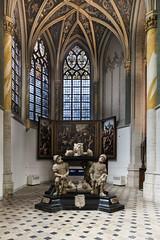 Breda, Grote of Onze-Lieve-Vrouwekerk (Jan Sluijter) Tags: breda grotekerk onzelievevrouwekerk gotiek architecture architectuur prinsenkapel church eglise cathedral cathedrale noordbrabant nederland visitholland