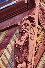 336 juillet 2017 - Saumur, dans la ville (paspog) Tags: saumur bois sculptures sculpture maisonsàcolombages colombages loire valdeloire juillet july 2017 maisons houses halftimberedhouses
