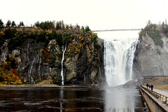chute de Montmorency (~Laurence~) Tags: chutes falls canada quebec voyage canon automne 450d