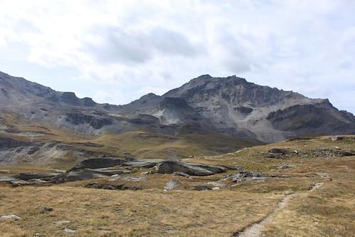 Plaine de Lona et le Sasseneire