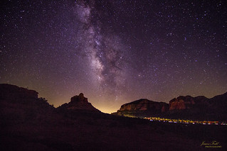 Chasing the Milky Way - Bell Rock in Sedona