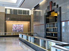 Chicago, Illinois (duaneschermerhorn) Tags: architecture building skyscraper structure highrise architect modern contemporary modernarchitecture contemporaryarchitecture chicago illinois unitedstates usa lobby entrance foyer deco artdeco
