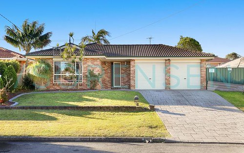 24 Maheno Av, Blue Haven NSW 2262