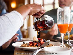 Stanford Inn - Waffle (Bitter-Sweet-) Tags: vegan food mendocino california northerncalifornia stanfordinn diningwiththeravens restaurant finedining chef gourmet breakfast brunch waffle juice syrup berries morning early sweet