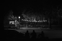 (Claudio Blanc) Tags: street streetphotography fotografiacallejera fotografianocturna buenosaires bw bn blackandwhite blancoynegro argentina night noche nocturna