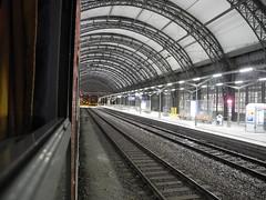 night train / Nachtzug (peter.velthoen) Tags: trein zug train dresdenhbf nachtzug nachttrein milieuvriendelijkreizen vergetentransport nighttrain petervelthoen reizenoverdeaarde reizen