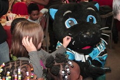 "thomas-davis-defending-dreams-foundation-thanksgiving-at-lolas-0053 • <a style=""font-size:0.8em;"" href=""http://www.flickr.com/photos/158886553@N02/37042948551/"" target=""_blank"">View on Flickr</a>"