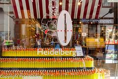 Limoncello overdose (pbr53) Tags: heidelberg badenwürttemberg germany de shopwindowdisplay