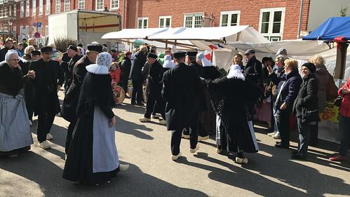 A Dutch folk dance