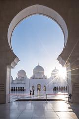 Abu Dhabi through the lens (Shutter wide shut) Tags: sheikhzayedgrandmosque uae mosque grandmosque abudhabi islam gcc sonyalphaa7s a7s sonyvariotessar1635 wideangle lensflare sunburst starburst tourism travel traveldestinations framewithinaframe framing arabic unitedarabemirates emirates
