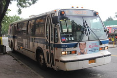 IMG_1428 (GojiMet86) Tags: mta nyc new york city bus buses 1999 t80206 rts 5106 subway shuttle 31st street ditmars blvd