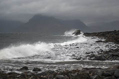 Elgol-Ecosse-7 (jdufrenoy) Tags: cullins ecosse elgol iledeskye isleofskye mountains rocks scotland skye waves automne autumn beach clouds landscape paysage reflections sea water écosse royaumeuni