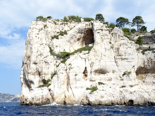Calanque trip, high cliffs