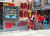 Il negozio all'angolo - The corner shop (Ola55) Tags: pepper angolo corner negozio shop rosso red persone people italians hccity