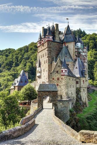 Entrance of the castle 'Burg Eltz'