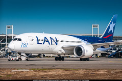 [SCL.2017] #LAN.Airlines #Chile #LA #Boeing #B788 #CC-BBA #Primeros.787.en.America #awp (CHRISTELER / AeroWorldpictures Team) Tags: lan airlines chile boeing 7878 dreamliner msn 38471 68 reg ccbba eng rr trent 1000 rmk first787inamerica stickers history aircraft first flight built site everett pae wa usa delivered lanairlines la config cabin c30y217 ferried paescl delivery b787 b788 latam 2012 plane aircafts airplanes planespotting santiago airport scl scel towing apron south america nikon d300s lenses nikkor 18135 raw awp 2017 arturomerinobenitez arturo merino benitez