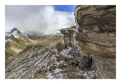 Freezing. (Anscheinend) Tags: alpen alps alpes alpi mountains berge montagne landscape landschaft paysage paesaggio hiking trekking wandern camminare nature natur österreich austria kärnten grosglockner ice snow schnee rocks felsen clouds wolken freezing eiskalt