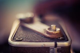 Rusty Kodak Duaflex lV (Explored)