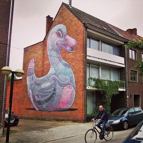 Cities need more animals ... big animals / #Art by #Aryz. #hasselt #belgium #streetart #graffiti #urbanart #graffitiart #urbanart_daily #graffitiart_daily #streetarteverywhere #streetart_daily #wallart #mural #ilovestreetart #igersstreetart #rsa_graffiti