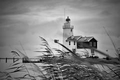 Paard van Marken. (paulbunt60) Tags: blackwhite zwartwit landschap landscape marken paardvanmarken lighthouse vuurtoren