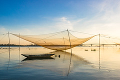 _DSC9838 (Le Quang Photography) Tags: landscape summer asia beautiful blue boat cloud coast fisherman fishing lake morning nature net ocean orange outdoor pond reflection river sea silhouette sky sun sunrise sunset tourism traditional travel vacation vietnam water