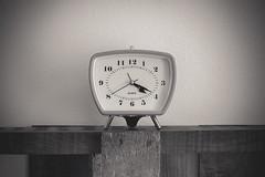 Your time will come (Werner Thorenz) Tags: wecker uhr quarz quarzuhr quarzclock düsseldorf quarzwecker ziffernblatt kunst art uhrwerk clockwork explore inexplore sigma1750mmf28exdcoshsm sigma canoneos7d canon 7d eos