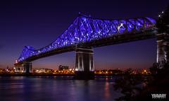 Pont Jacques-Cartier (yravaryphotoart.com) Tags: canoneos7d canonefs1022mmf3545usm yravaryphotoart yravaryphotoartcom montreal montréal pont jacquescartier pontjacquescartier fleuvestlaurent nuit crépuscule night bridge