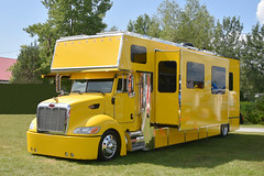 Peterbuilt Recreational Vehicle (delombre) Tags: rv peterbuilt truck van recreationalvehicle yellow yellowtruck vehiculerecreatif trucking trucker camper campeur camion