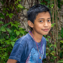We can't all be handsome! (Pejasar) Tags: escuelaintegrada guatemala antigua boy handsome guapo student school