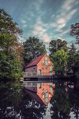 Museumsmühle Heiligenrode (Schmidtchen Schleicher) Tags: reflex longtimeexposure water spiegelung wasser mühle lumiere landscape landschaft backstein stone red