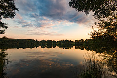 The Lake (betadecay2000) Tags: sunset himmel see landschaft spiegelung wasser water dülmen germany german deutschland deutsch idylle reflection mirror abend abendstimmung evening summer nature natur wetter weer meteo weather wolken clouds landscape