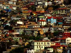 Valparaiso (Lugar_Citadino) Tags: latinamerica américalatina southamerica sudamérica chile regióndevalparaíso provinciadevalparaíso granvalparaíso ciudaddevalparaíso valparaíso valparaiso valpo ilustremunicipalidaddevalparaíso municipalidaddevalparaíso comunadevalparaíso cerrosdevalparaíso cerroalegre cerroconcepción cerroflorida cerrocárcel cerrobellavista cerromonjas ascensoresdevalparaíso ascensorreinavictoria ascensorespíritusanto ascensorconcepción ascensormonjas miradorcamogli paseoatkinson paseogervasoni paseoyugoslavo centroculturaldevalparaíso edificiorelojturri relojturri plazasotomayor muelleprat city cityscape urban urbanscape landscape downtown suburbs suburb neighbourhood building house street hill sight panorama panoramic architecture design colour color old retro classical classic abandoned spring afternoon ciudad urbano paisaje