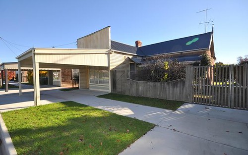 113 Albury St, Holbrook NSW 2644