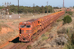 Mine empties (Bingley Hall) Tags: rail railway railroad transport train transportation trainspotting diesel locomotive engine australia gwa geneseewyomingaustralia whyalla southaustralia ironore emd 645e3 morrisonknudsen