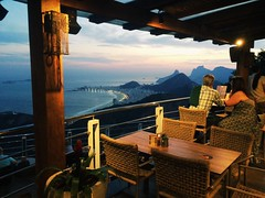 Pan de azúcar - Río de Janeiro. (mfernandez.1992) Tags: moros playa copacabana beach atardecer 5s iphone iphonegraphy viaje travel pandeazucar sunset brazil brasil ríodejaneiro