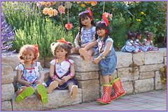 Gartenkinder ... (Kindergartenkinder) Tags: sommer sanrike blumen personen grugapark essen kindergartenkinder garten blume park annette himstedt dolls kindra setina milina leleti reki