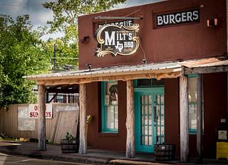 Milt's Bar B Que