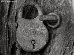 "Antique padlock "" (Nelson-V.) Tags:"