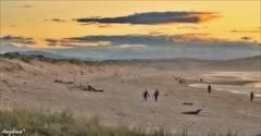 ANOCHECER EN LAS DUNAS (Angelines3) Tags: dunas playa arena mar nwn nubes