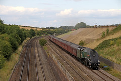 60009 Union of South Africa - Standish junction (Andrew Edkins) Tags: 60009 unionofsouthafrica a4class standishjunction railwayphotography cotswoldventurer gloucestershire england uksteam canon trip travel mainlinesteam gresley geotagged summer 2017 august railtour charter light sky clouds trees explore