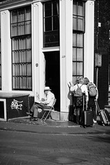 L1008196 (Thomas Skov) Tags: holland streetphotography zm outdoor people amsterdam travel leicam9