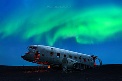 D A K O T A (FredConcha) Tags: dakota dc3 airplane crashed iceland northernlights aurora nikon 1424 red light stars night fredconcha lee