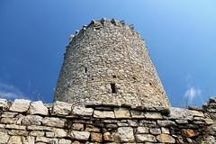Zamek Lipowiec (Michał Kniotek) Tags: zamek castle lipowiec babice