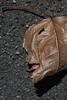 l'uomo col mal di denti - the man with a toothache (sharkoman) Tags: foglia faccia dolorante profilo bocca occhio fasciatura testa pareidolia