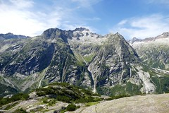 View from Gelmersee Grimsel Swiss Alps Switzerland (roli_b) Tags: view sicht panorama gelmersee gelmer bahn grimsel swiss alps schweizer alpen alpi switzerland schweiz suisse suiza svizzera landscape landschaft nature natur mountains berge montañas travel viajar reisen wandern august 2017 berner bernese oberland guttannen handeck