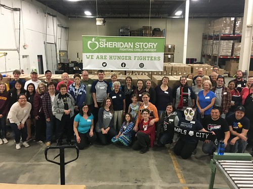 kiwanis-club-packing-event-42417_34225880766_o