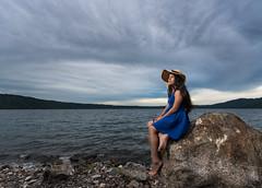 MOI_8223 (Moises Duran) Tags: beach lake lago portrait retrato teen ultrawideangle wide angle nikon d750 nikond750 nikon1424 nicaragua lagunadeapoyo lagoon offcameraflash flash