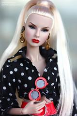 Agnes (enigma02211) Tags: sistermogulsagnesvonweiss integritytoys fashionroyalty dollphotography fashiondoll fr it fashion fashionista